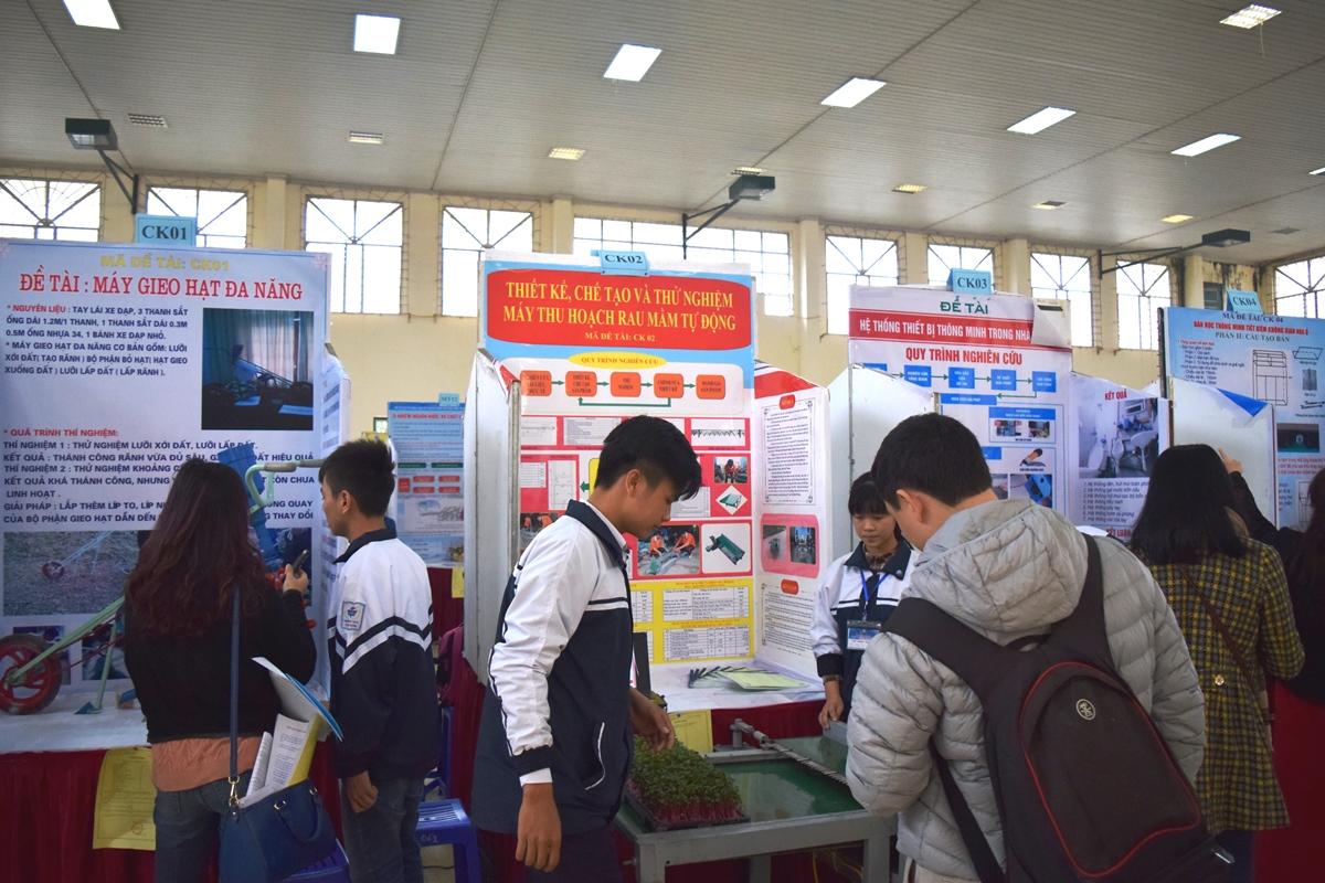Cuoc thi khoa hoc ky thuat Hasef lan thu V - 2015-2016 -3