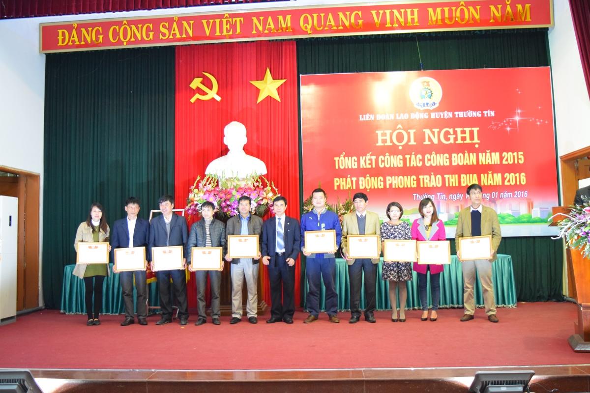 Hoi nghi tong ket lien doan lao dong thuong tin 2016 - 8